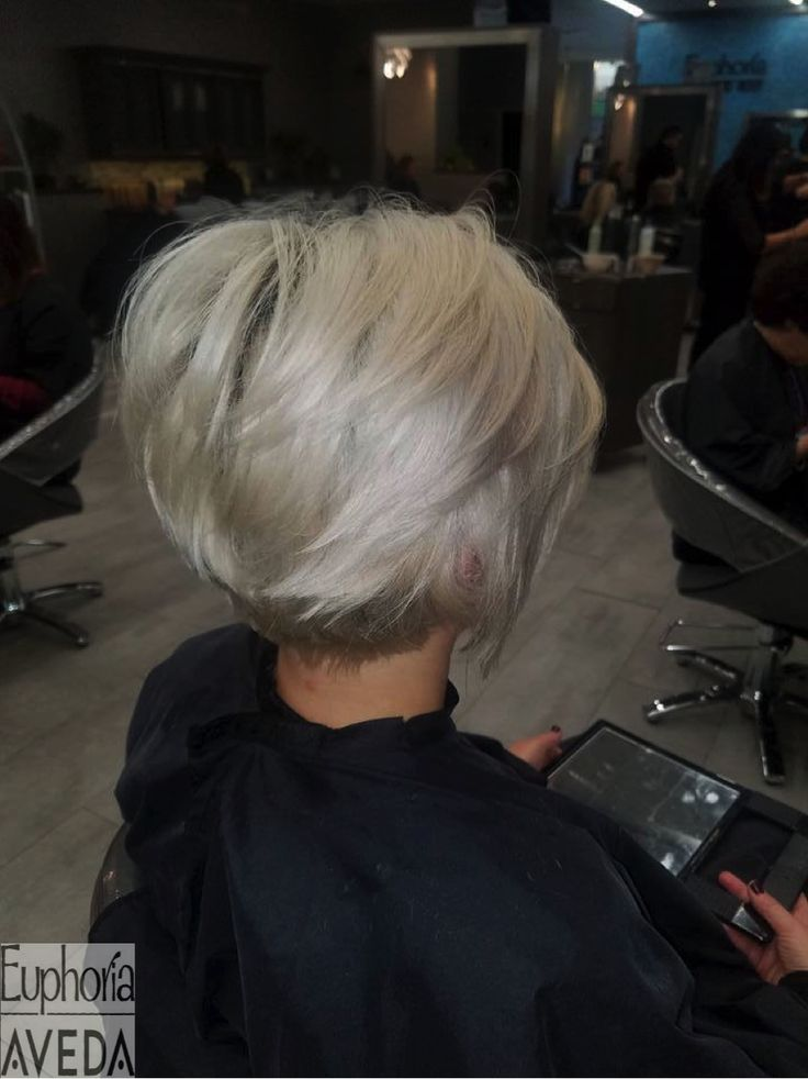 This chic color and haircut was done by our talented, Advanced Stylist, Krista! @aveda