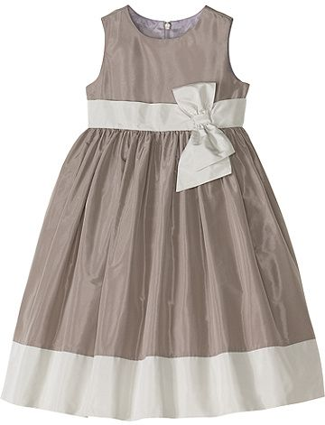 Chloe Dress from #HannaAndersson.  What do you think of this for Harper for the wedding?