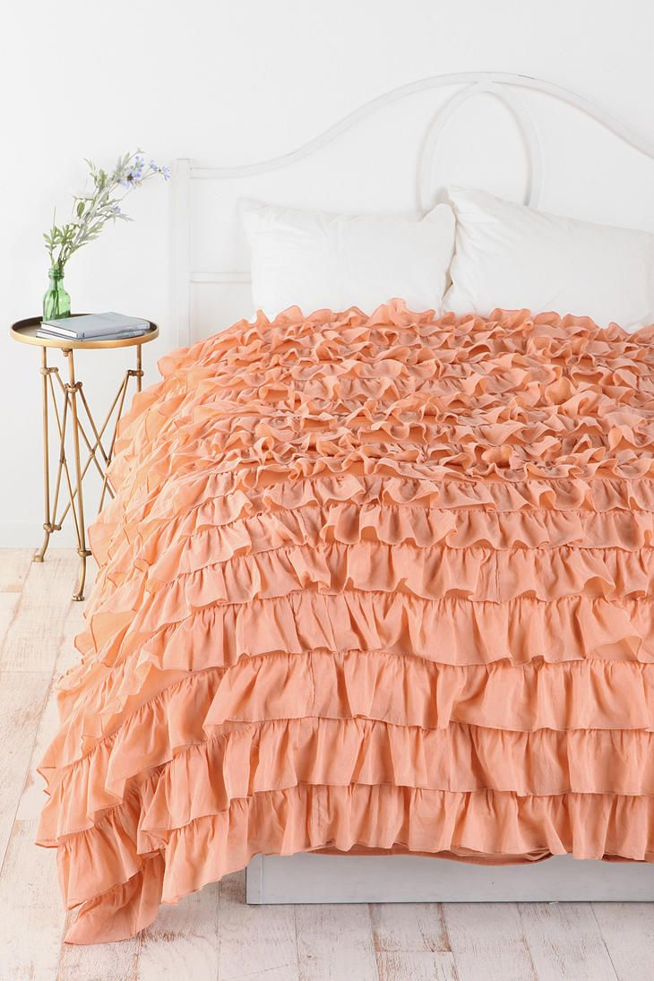 Waterfall Ruffle Duvet Cover. Love this I need to learn how to make one