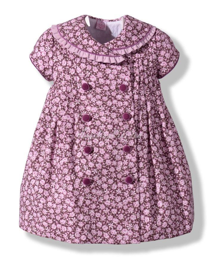 Vestido de flores para niña