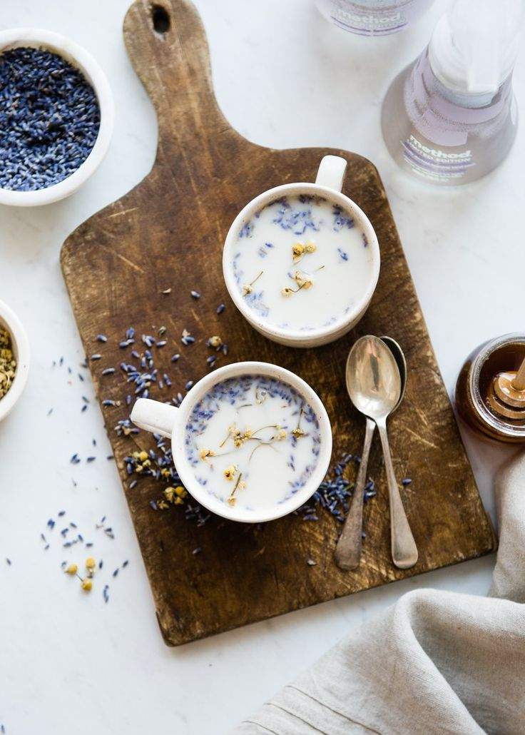 De-Stress With This Calming Chamomile Lavender Latte inspired by the new @method line #methodle #ad