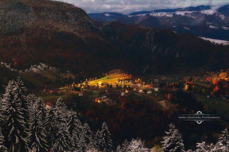Argeş County, România.  Photo: © Irinel Cirlanaru → Irinel Cîrlănaru Photography
