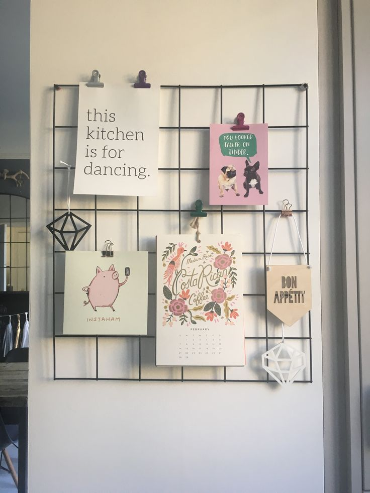 I love these wire grid memo boards that seem to be everywhere at the moment. They're great for displaying all sorts of cute cards and other bits and pieces. I wanted one for my kitchen to sto…