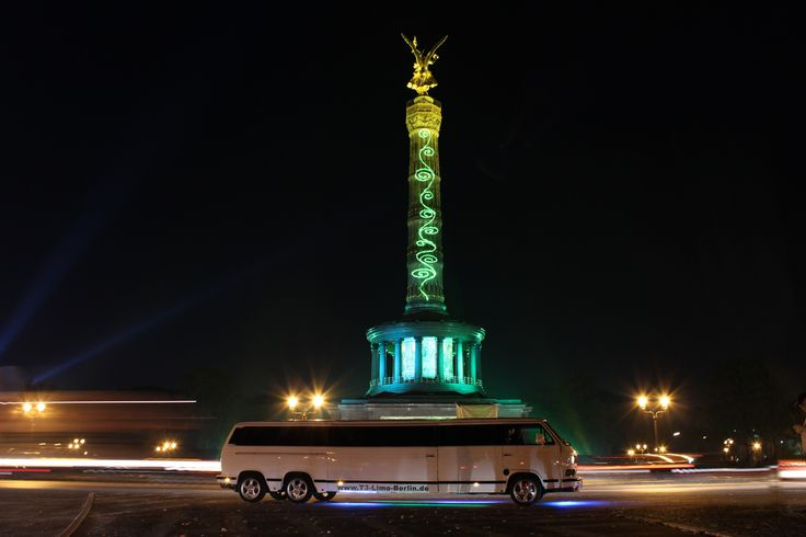 Lichterfahrt durch Berlin in der T3 Limousine. Die exklusive Stadtrundfahrt abseits des Gewöhnlichen. Ein unvergessliche Erlebnis mit großem Spaß.