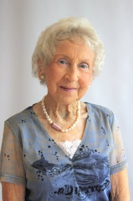 Betty joined Background Talent in 2009 her most famous job so far was in the AIR NZ commercial as the naked granny in the AIR NZ safety video