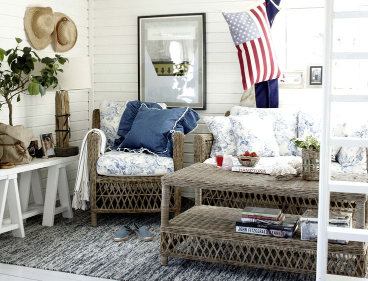 Check Out This Coastal New England Interior.