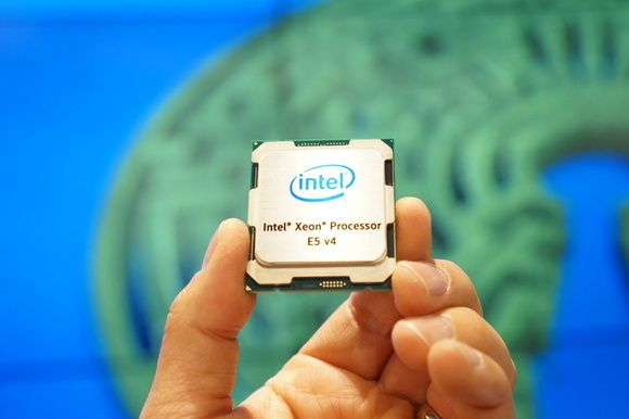 Intel's Xeon E5-2600 V4 will pack 22 Broadwell cores and Hyper-Threading.  intel xeon e5 2600 1