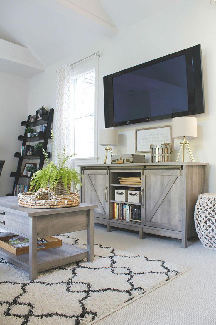 Decorating Around A Tv Creative Cain Cabin Decor Around Tv Farmhouse Bedroom Decor Country Decor