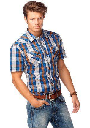 Рубашка - http://www.quelle.ru/Men_fashion/Men_shirts/Rubashka__r1283491_m295447.html?anid=pinterest&utm_source=pinterest_board&utm_medium=smm_jami&utm_campaign=board3&utm_term=pin12_28032014 Рубашка приталенного покроя со стильным узором - двухцветной клеткой. Прекрасный летний фасон, приятный материал. #quelle #man #fashion #shirt #squared #trend #style