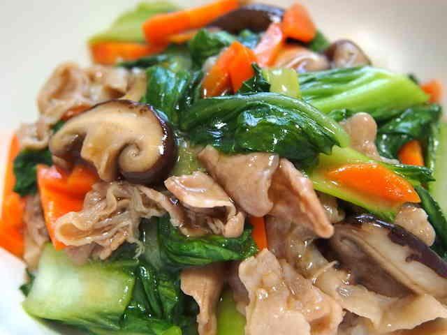 ランチ◎豚コマ☆チンゲン菜☆簡単♪中華丼の画像
