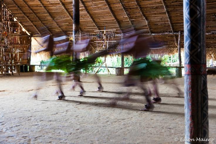 dança na comunidade indígina Tupé - Alto do Rio Negro - #Amazonas