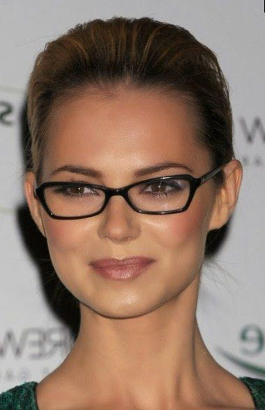 50 Best Hairstyles For Square Faces Rounding The Angles Trend Pin Glasses For Round Faces Glasses For Face Shape Glasses For Oval Faces