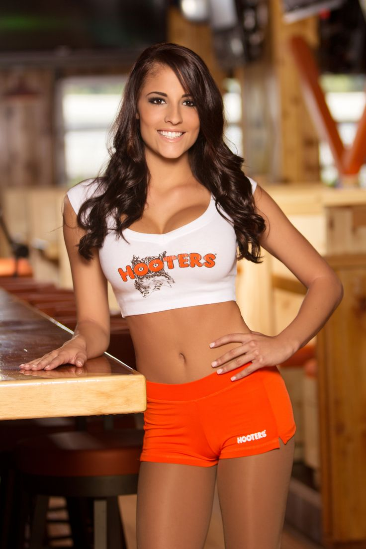 30 best hooters images on pinterest beautiful women Sexy 30