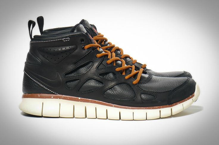 » The Best in Outdoor Design, Style, and Gear » Nike Free Run 2 QS Sneakerboot
