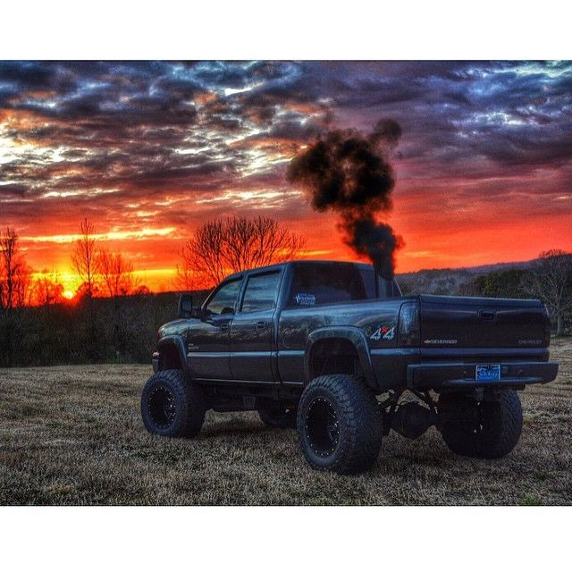 """Like and tag a friend that would like this truck. ▪️▪️▪️▪️▪️▪️▪️▪️▪️▪️▪️▪️▪️ Truck owner @speedemon92 ▪️▪️▪️▪️▪️▪️▪️▪️▪️▪️▪️▪️▪️ Like it Dirty? Follow…"""