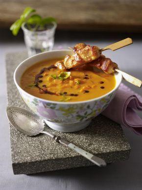 Unser beliebtes Rezept für Möhren-Basilikum-Suppe mit Hähnchensticks und mehr als 55.000 weitere kostenlose Rezepte auf LECKER.de.