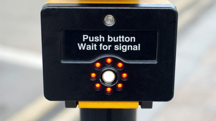 Does pressing the pedestrian crossing button actually do anything?