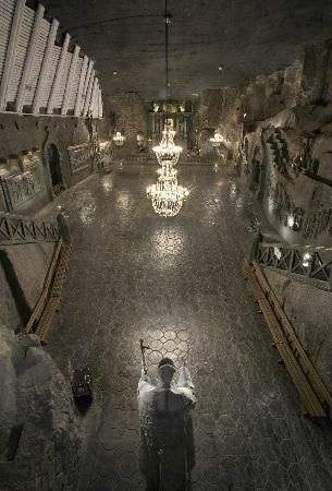 Krakow, Poland: Wieliczka Salt Mine Absolutely breathtaking.. Pictures don't do justice.. An entire underground world!