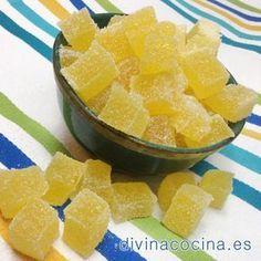 Ingredientes para unos 50 caramelos de goma como los de la foto: 1 sobre de gelatina de sabor de 85 g 2 sobres de gelatina neutra en polvo de 10 g cad ...