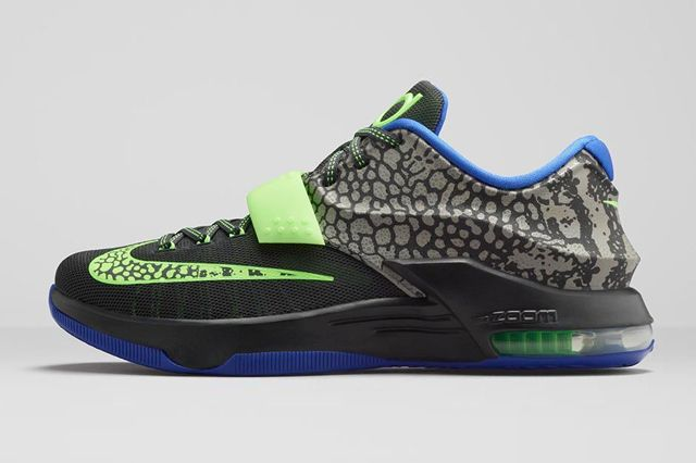 UPDATE: Looking to add some electricity to your step? Try a pair of these when they drop on Nike.com and select Swoosh accounts on March 19. The Nike KD7s are coming thick and fast now,…