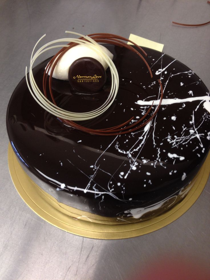 Splatter entremet #nlc #normanloveconfections #pastry