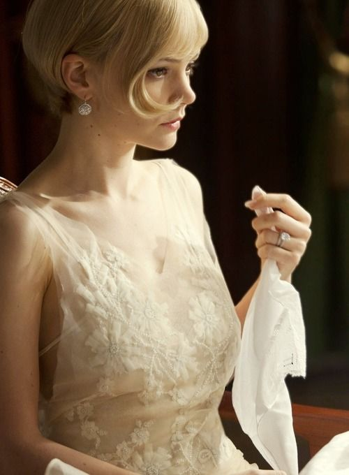 Carey Mulligan as Daisy Buchanan' - 2013 - The Great Gatsby - Costume Design by Catherine Martin - Director: Baz Luhrmann