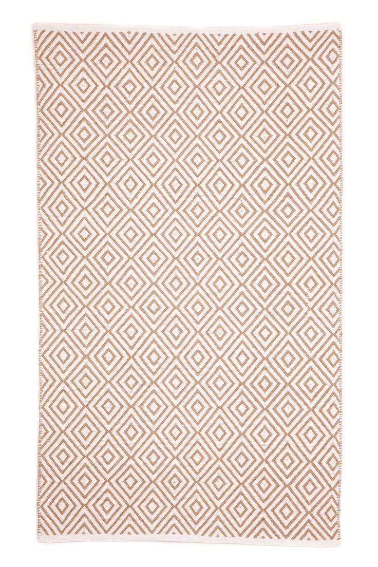 $250 Kimberley Almond/White Rug   Wayfair Australia