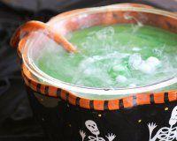 Пунш на Хэллоуин «Болотная вода»