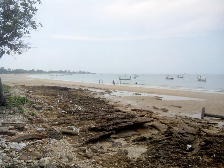 Siring kemuning beach
