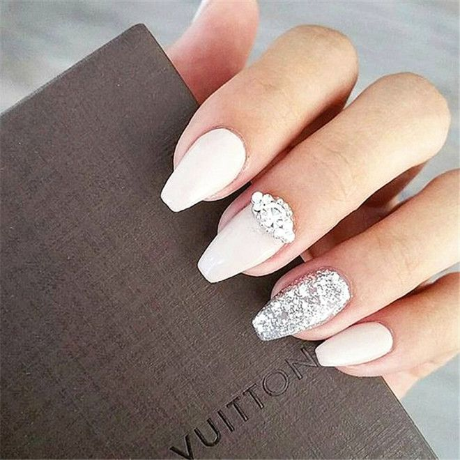 Best 25 wedding nails art ideas on pinterest wedding nails our 20 favorite wedding nail art designs prinsesfo Image collections