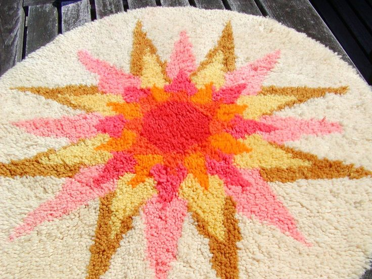 Vintage 33 Inch Round Latch Hook Rug Cream With Sunburst Pinks Yellow Gold Red By Rosainglousta Via Etsy