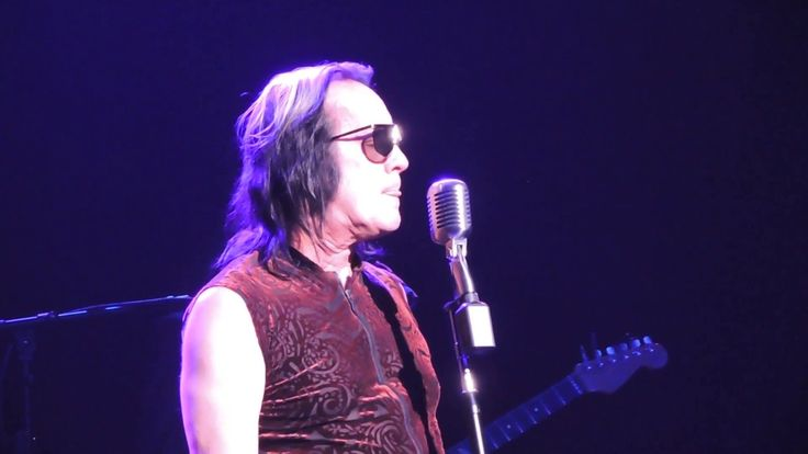 Todd Rundgren Live 2017 This Is Not A Drill / Party Liquor / Past at Yes...From his latest release White Knight, Todd Rundgren showcases This Is Not A Drill. The 2017 album recording featured guitarist Joe Satriani. The iconic, diversified songwriter/performer follows with Party Liquor (3:17) from 2013 album State and Past (7:44) from 2004 Liars. Todd Rundgren was live at Yestival concert, Microsoft Theater, Los Angeles, CA on August 29, 2017.  Todd Rundgren deserves to be inducted in the…