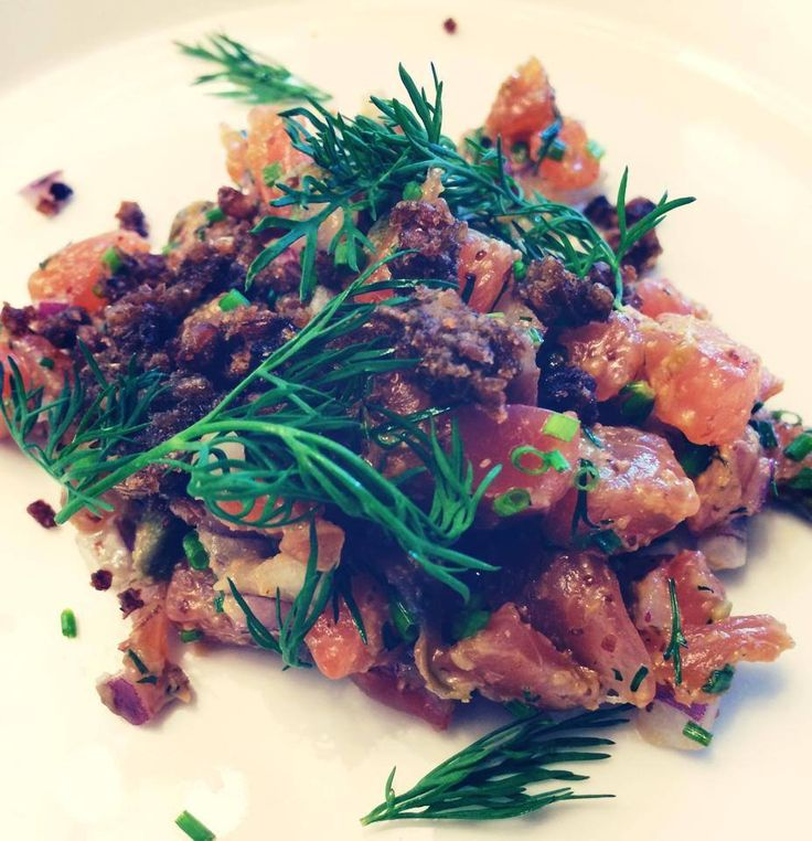 Tartare di salmone #bjork #swedishbrasserie #bjorkaosta