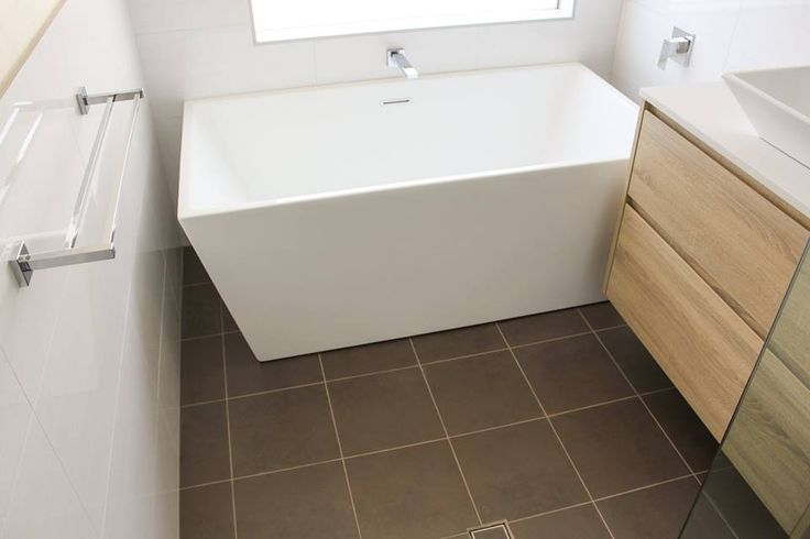 Galaxy Square Bath 1500mm  Freestanding   Bathroom Renovation Scarborough