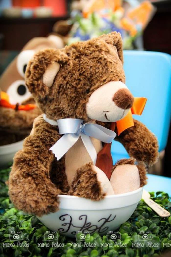 Goldilocks and the Three Bears Themed Party with So Many Cute Ideas via Kara's Party Ideas | KarasPartyIdeas.com #GoldilocksParty #TheThreeBears #Party #Ideas #Supplies (13)