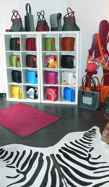 Taschen Boutique, by mark@pfalz on Flickr