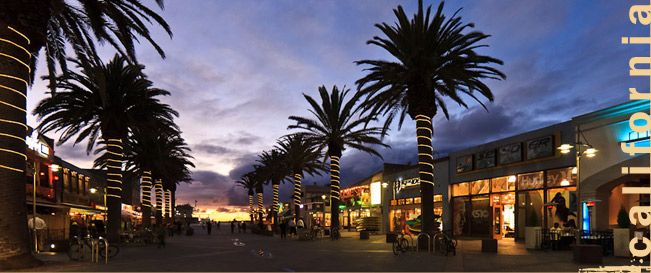 Hermosa Beach, CA is a great place to wear a trendy pair of Havaianas sandals :)