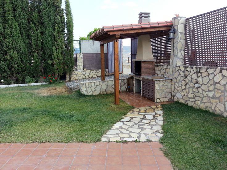 Ideas para decorar tu hogar en habitissimo terraza y jard n sacadas e jardins pinterest - Piedras para jardin baratas ...