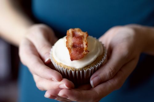 Maple bacon cupcakes. Now we're talking.