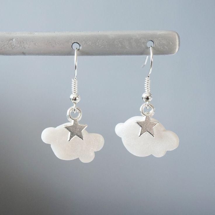 Boucles d'oreille Nuage blanc nacré - Fimo