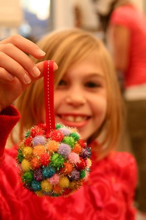 A Christmas craft a day for a week - Kids Christmas Crafts...my kids would love to make this!