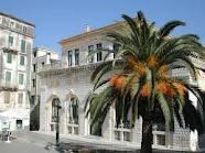 Het prachtige stadhuis waar je zou kunnen trouwen.....