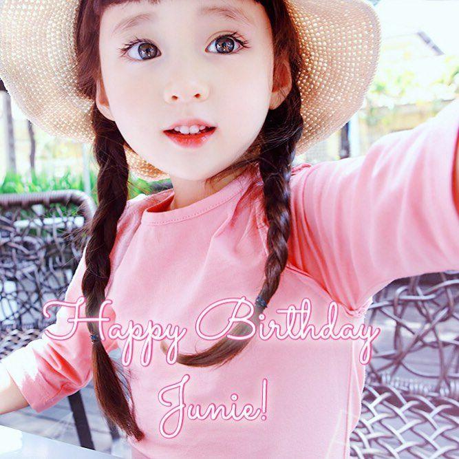 Happy birthday to Junie~ 🎉💕🎂 | (@yy_junie.sam_ma) 🔺KOREAN - CANADIAN🔻 #Junie #JunieFrankland #kids #kidsulzzung #kidsmodel #kidsfashion #fashionkids #koreankids #Koreangirl #ulzzanggirl #cute #cutegirl #adorable #mixedblood #trendandkids #fashionkidstr