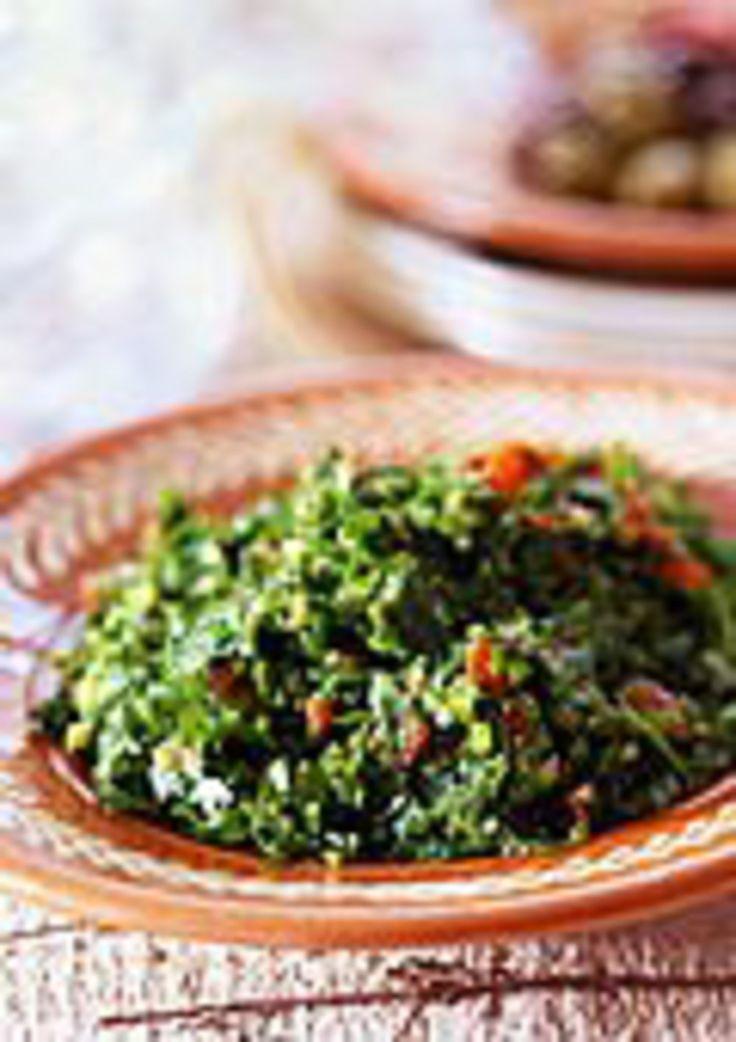 Bien connu des amateurs de cuisine libanaise, le mezze est un assortiment de petits plats qu'on picore lors de fêtes ou de réunions familiales...
