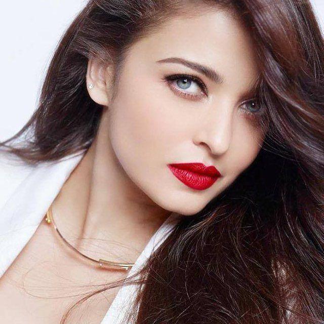 So Gorgeous  [ #aishwaryarai #aishwarya #Bolly #Bollywood ] by #BollywoodScope