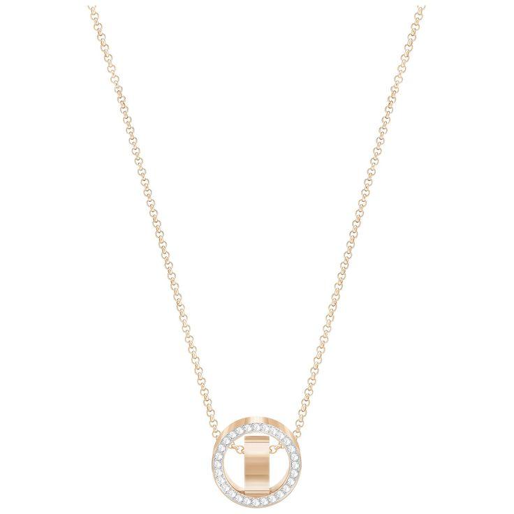 Swarovski Ketting 'Hollow' Small White-Rosegold 5289495. Prachtig, rosékleurig collier met bijzonder vormgegeven hanger. De gerhodineerde ketting met een lengte van 38-40 cm is voorzien van een ronde hanger, pavégezet met Swarovski kristallen en een rosékleurig accent in het midden. Modieus sieraad, simpel en tijdloos.