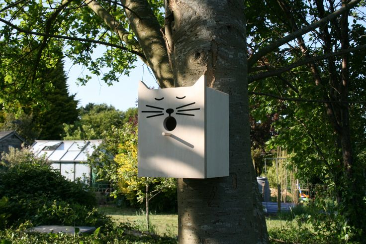Charming Sylvester the cat bird box from Suck UK.