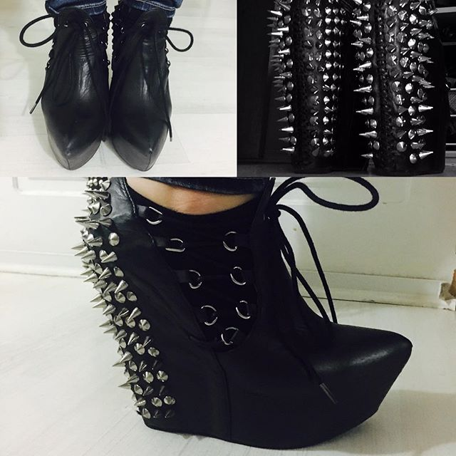 No much@s se atreven #jeffreycampbellshoes #jeffreycampbell #highheels  #Shoes #Boots