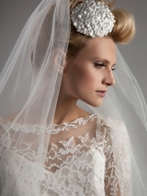 Phoebe Headdress - Sixties inspired little flowers | Dee Dee Bridal Handmade vintage inspired bridal veils, bridal headdresses & accesssories Xx