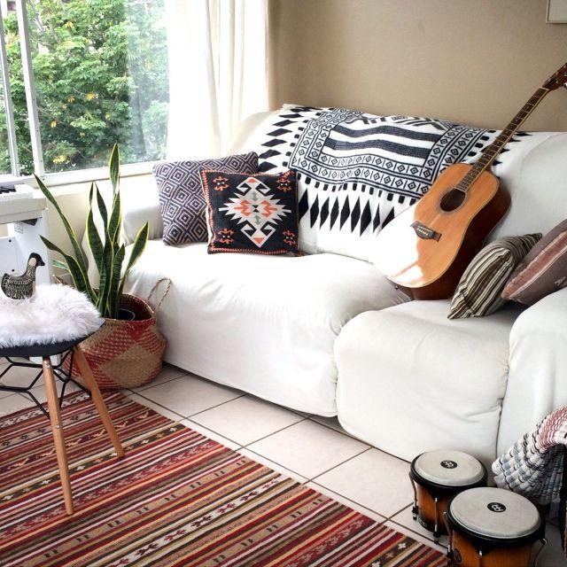 Genjiさんの、ソファ,ギター,リビング,のお部屋写真